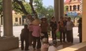 Hưng Yên: Hàng trăm người dân yêu cầu lãnh đạo xã nhận lỗi