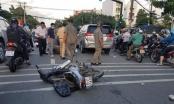 Đi cướp giật bị truy đuổi, 4 đối tượng tông vào ô tô