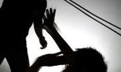 Truy sát vợ không được, dùng gậy đánh bố vợ đến chết