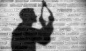 Nam sinh lớp 10 tử vong trong tư thế treo cổ phía sau nhà