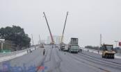 Cầu vượt thép 6 làn gấp rút hoàn thiện chào mừng Đại hội Đảng XII