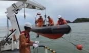 Trung tâm khu vực I mang sắc cờ Tổ quốc làm nhiệm vụ cứu hộ trên biển