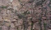 Thanh Hóa: Một nam thanh niên nhảy núi tự tử