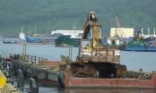 Tàu đổ bùn thải ra biển ở Thanh Hóa: Không phải là chất độc!