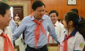 Học sinh nói với ông Đinh La Thăng về nỗi lo bị xâm hại