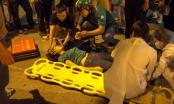 Xe cứu thương biển Bắc Kạn gây tai nạn nghiêm trọng trong đêm tại Hà Nội