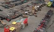 Tiêu hủy lượng lớn vũ khí, công cụ hỗ trợ thu trong dân