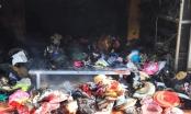 Clip: Cháy chợ Tó ở Đông Anh khói bốc nghi ngút