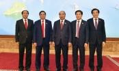 Giới thiệu chữ ký của Thủ tướng, 2 Phó Thủ tướng và BTCN Văn phòng Chính phủ
