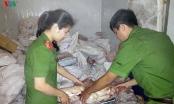 Nghệ An: Phát hiện gần 5 tấn thực phẩm bẩn không có nguồn gốc trong kho