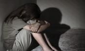 Bé gái 9 tuổi bị hiếp dâm khi giúp hàng xóm bóp tay, xoa bụng