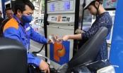 Chiều nay (21/12), giá xăng tiếp tục giảm tới mức thấp kỷ lục