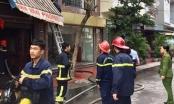 Giải cứu thành công cụ ông 90 tuổi mắc kẹt trong ngôi nhà cháy