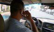 Bộ Công an đề xuất luật hoá cấm dùng điện thoại khi lái ô tô