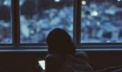 Sử dụng điện thoại quá nhiều, cô gái 16 tuổi mắc bệnh mù màu