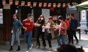 Nam thanh, nữ tú nhộn nhịp tại ngôi chùa chống ế nhân dịp Valentine