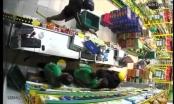 TP HCM: Bắt nghi phạm trộm cướp cửa hàng Bách hóa Xanh