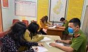 Nghệ An: Tụ tập buôn chuyện, 4 phụ nữ bị xử phạt