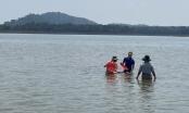 Đi cào hến ở hồ Ea Kao, 2 người thương vong