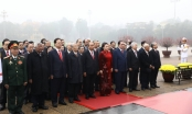 Lãnh đạo Đảng, Nhà nước và thành phố Hà Nội vào Lăng viếng Chủ tịch Hồ Chí Minh