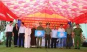Công an tỉnh Đồng Nai thăm, tặng nhà tình nghĩa tại huyện Vĩnh Cửu