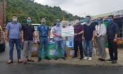 Tập đoàn dược Aikya Pharma tặng vật tư y tế cho phóng viên tác nghiệp trong dịch Covid-19 tại Đà Nẵng