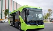 Xe buýt điện VinFast có thể vận hành đến 260km, sạc đầy trong vòng 2h