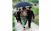 Tín ngưỡng của người H'Mông: Cưới vợ ngày con trâu, cô dâu luôn hạnh phúc