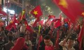 Nhìn lại một đêm Hà Nội không ngủ mừng chiến thắng của U23 Việt Nam