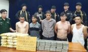 Hà Tĩnh: Bắt 5 đối tượng quốc tịch Lào vận chuyển 40 bánh heroin, 120.000 viên ma túy tổng hợp trên 2 xe bán tải