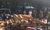 Hà Tĩnh: Bắt 8 đối tượng dùng xe máy biển giả chở gỗ lậu