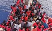 Hải quân Libya cứu 200 người di cư bất hợp pháp ở vùng biển ngoài khơi