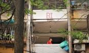 Người dân Thủ đô mắc kẹt trong những chung cư xuống cấp
