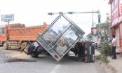 Đồng Nai: Xe ben mất lái gây lật xe liên hoàn trên Quốc lộ 51