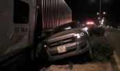 Bình Dương: Container điên tông loạt ô tô đang dừng chờ đèn tín hiệu