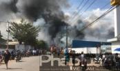 Bình Dương: Công ty gỗ Lâm Dương rộng hàng ngàn m2 bốc cháy dữ dội
