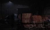Cháy lớn tại 2 công ty sản xuất đồ gỗ tại Bình Dương