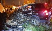 Bình Dương: Sau tiếng động lớn trong đêm, phát hiện xe ô tô biến dạng nằm trên vỉa hè, 3 người thương vong