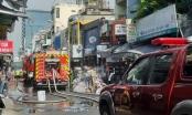 TP HCM: Cháy lớn một căn nhà, nhiều người dân hốt hoảng di tản tài sản
