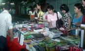 Nạn buôn bán sách lậu tại Hà Nội ngày càng công khai