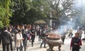 Phú Thọ: Dòng người đổ vể xin lộc Vua Hùng đầu năm