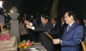 Lãnh đạo tỉnh Phú Thọ dâng hương tưởng niệm các Vua Hùng