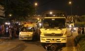 Xe tải kéo lê xe máy trên đường, người phụ nữ chết thảm
