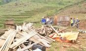 Lào Cai: Giông lốc, mưa đá 1 người chết, nhiều nhà sập