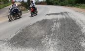 Kỳ lạ ở Lâm Đồng: Đường vừa sửa xong, đào xới lại... sửa tiếp