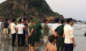 Nghệ An: Chụp ảnh kỷ yếu dưới biển, 2 nam sinh bị sóng cuốn