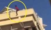 Quảng Ninh: Nam sinh viên nhảy từ tầng 4 xuống đất