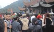 Hàng ngàn người về núi thiêng Yên Tử dâng hương ngày khai hội
