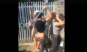 Clip: Cô gái bị nhiều thanh niên dùng hung khí đánh tới tấp gây phẫn nộ