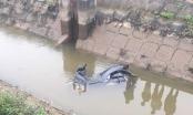 Hà Nội: Bàng hoàng phát hiện thi thể người đàn ông dưới mương nước